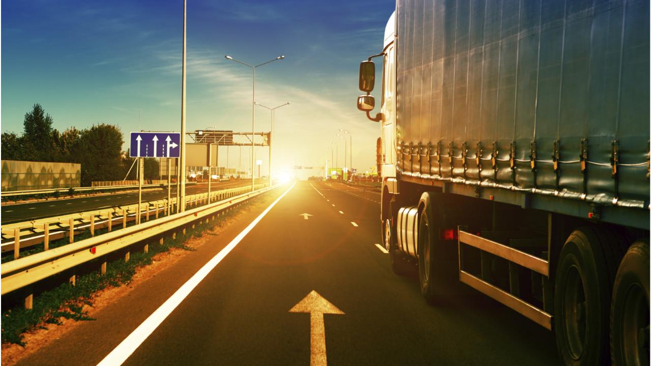 iStock_Trucking.56153dfd97928-1